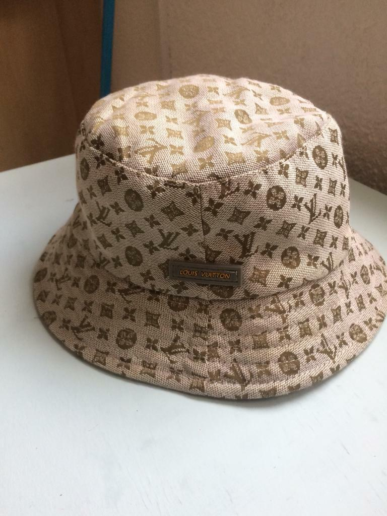 Rare Louis Vuitton bucket hat  1a86bb69d77