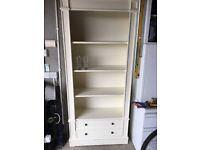 Unit and table can be repainted cream at present .