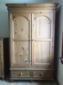 Solid Wood Bedroom Wardrobe, Sidetables and Drawers