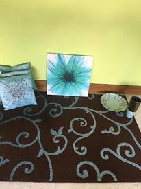 Brown and teal Rug. ,canvas, 3 cushions