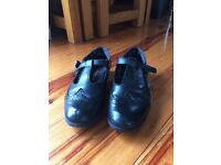 Hush puppy shoes size 3 & 4
