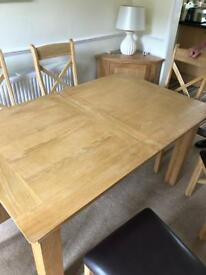 Lynton Extension Dining Table