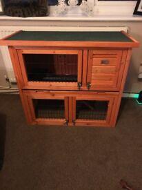 2 Tier Bunny rabbit hutch in good condition