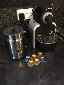 Nespresso magimix coffee machine with milk frother excellent condition in full working order