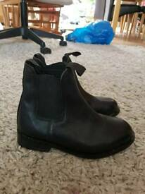 Leather ankle horse riding boots