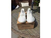 Yeezy Boost 350 V2 White, Size 9
