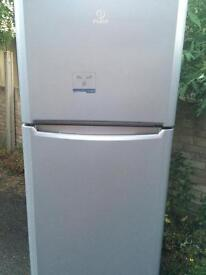 Fridge freezer Indesit gray