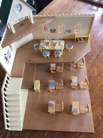 SOLD: Sylvanian Families Berry Grove School