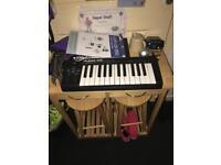 alesis q25 usb n midi keyboard controller