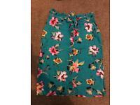 Linen skirt (size 10, like new)
