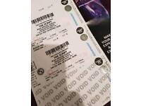 2x tickets for the script