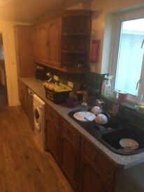 Kitchen with appliances/ Kitchen sink/ Washing machine/dish washer