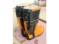 STIHL CHAINSAW SAFTY BOOTS SIZE 8 DONE ONE JOB