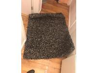 Stylish Rug large ONLY 15£