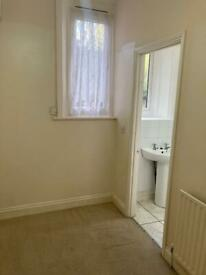 Small 1-bedroom flat to rent