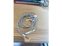 Genuine Apple iPhone iPad headphones x 5