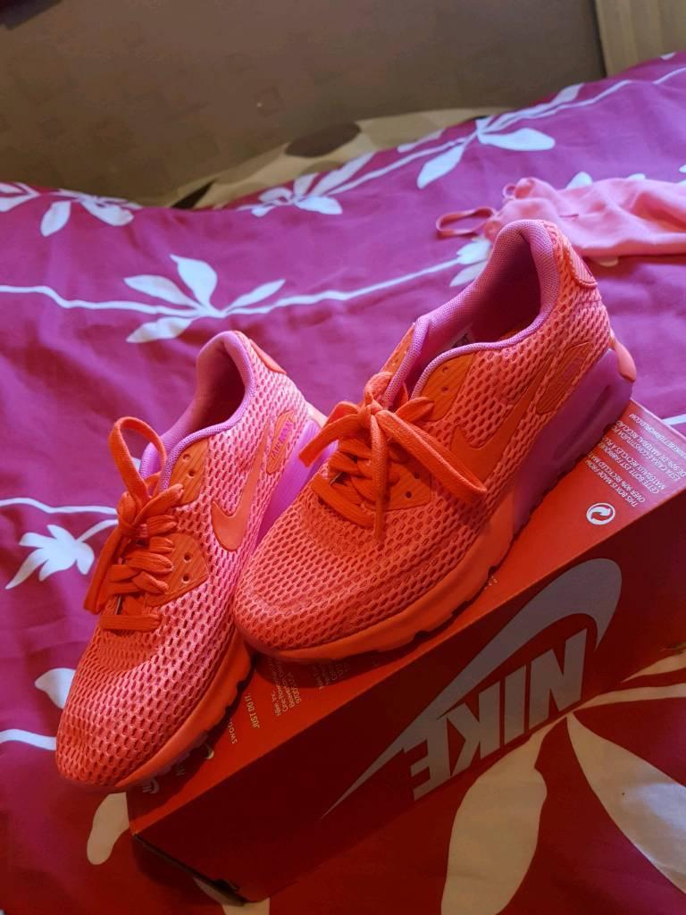 1f44e76db7fdea Nike trainers size 4