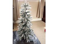 3FT SNOWY CHRISTMAS TREE PRE LIT 20 LED BATTERY