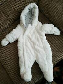 White star snowsuit