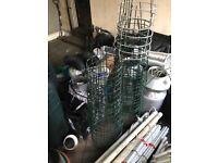 Hydroponics plant cages