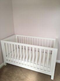 Silvercross Notting Hill Nursery Furniture Set - As New