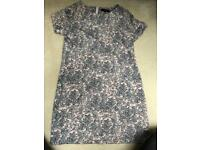 Ladies size 8/10 two dresses and two shirts.
