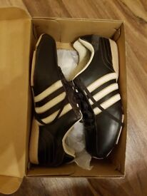 Mens ADIDAS MORKA trainers size 8