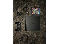 PS4 play station 4 slim ( not x box )