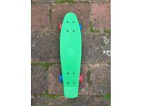 Cruiser skateboard, green