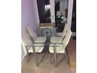 Set of 6 chrome and cream dining chairs!! Silver mirrored furniture x