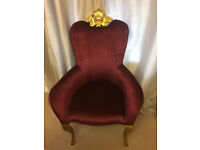 Gorgeous throne chair, photobooth prop, ideal for weddings