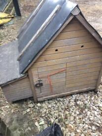 Chicken hen house/nest box