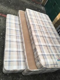 Air sprug single bed with duvet , see pictures