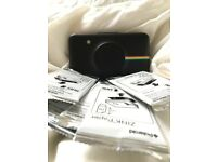 POLAROID SNAP (LIKE NEW) with 50 Original Zink papers