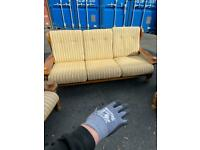 Sturdy 3 Piece Suite - Great Condition