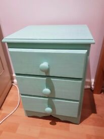 GREEN/TEAL BEDSIDE TABLE