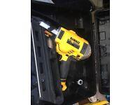 Dewalt 18v first fix nail gun brushless
