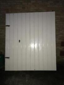 Garage door (free if collected)