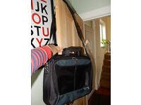 Large TARGUS LAPTOP TRAVEL BUSINESS Bag Overnight Black Toploader Commuter