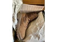 Magnum Boots size 10 NEW