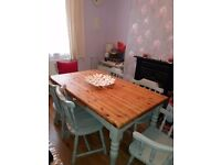 Shabby chic farmhouse country style dining table + 6 chairs. Mint condition.