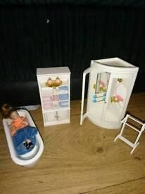 Doll and bathroom set