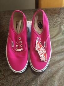 Vans of the walls pink lace up brand new shoes