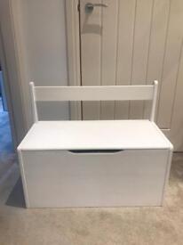 Storage chest (children's)