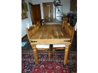 Thakat style Dining table plus 6 Chairs