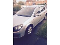 54 plate Vauxhall Astra breaking selling all parts apart from the engine