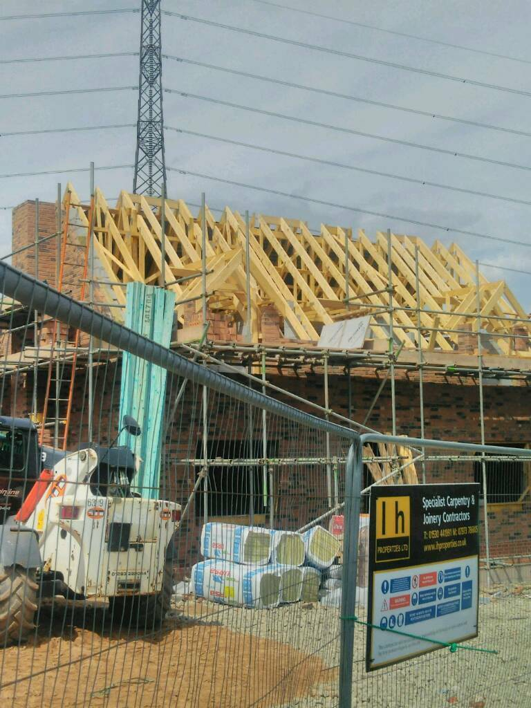Roofing Carpenters