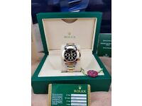 New boxed with papers set two tone bracelet and case black face markers Rolex Daytona watch with