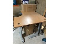 Office Table , Desk for sale in good condition only £10