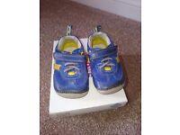 Clarks boys shoes size 2.5